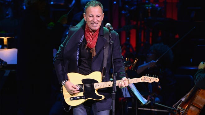 Bruce Springsteen treated the  outgoing White House team to a private show on Jan. 12.