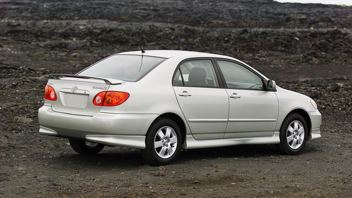 toyota re recalls 766 300 for takata airbag shrapnel. Black Bedroom Furniture Sets. Home Design Ideas