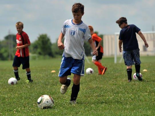 073014_SoccerCamp_03mb.jpg