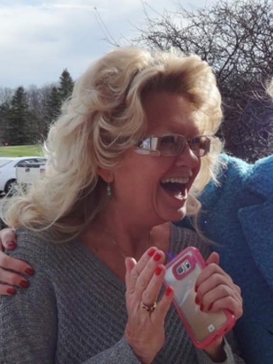 635854557172250484-Susan-Schoder-on-left-hears-she-has-won-the-UW-Sweepstakes.jpg