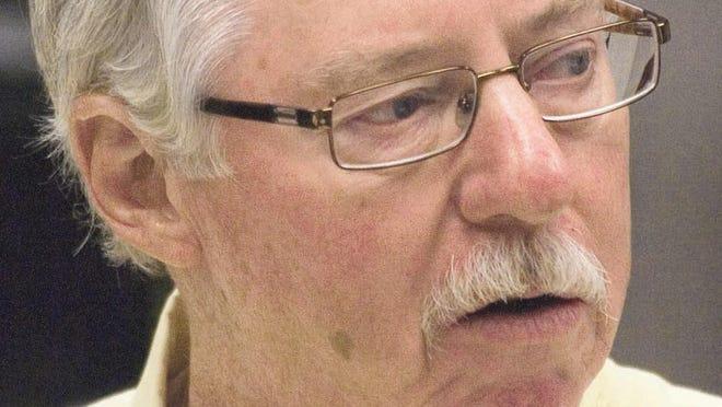 Lee County School Board Chairman Tom Scott