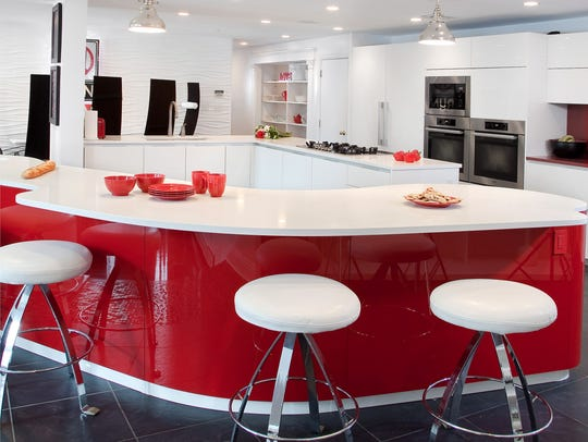 The Pedini Dune kitchen island – made of high-gloss