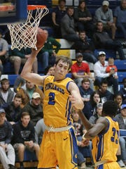 Vincennes University shooting guard Nate Hansen, an Evansville native, is the second-leading rebounder for the Blazers.
