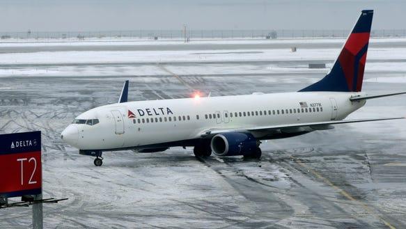 JFK_SNOW_PLANE_2014