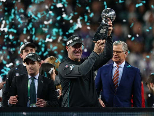 5b1ba21cd30 Super Bowl  Philadelphia Eagles take down New England Patriots