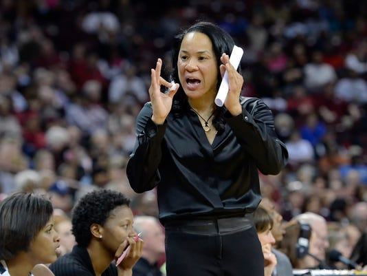 South Carolina coach Dawn Staley reacts to a play during the first half of an NCAA college basketball game against Alabama Thursday, Jan. 29, 2015, in Columbia, S.C.  (AP Photo/Richard Shiro)