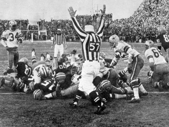 1967 NFL Championship: Bart Starr's quarterback sneak