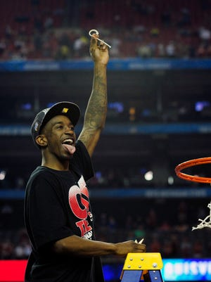 Louisville Cardinals guard Russ Smith decided to come back to school for his senior year.