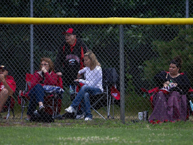 Youth sports: Thefts from Little League & other teams, IRS is too slow