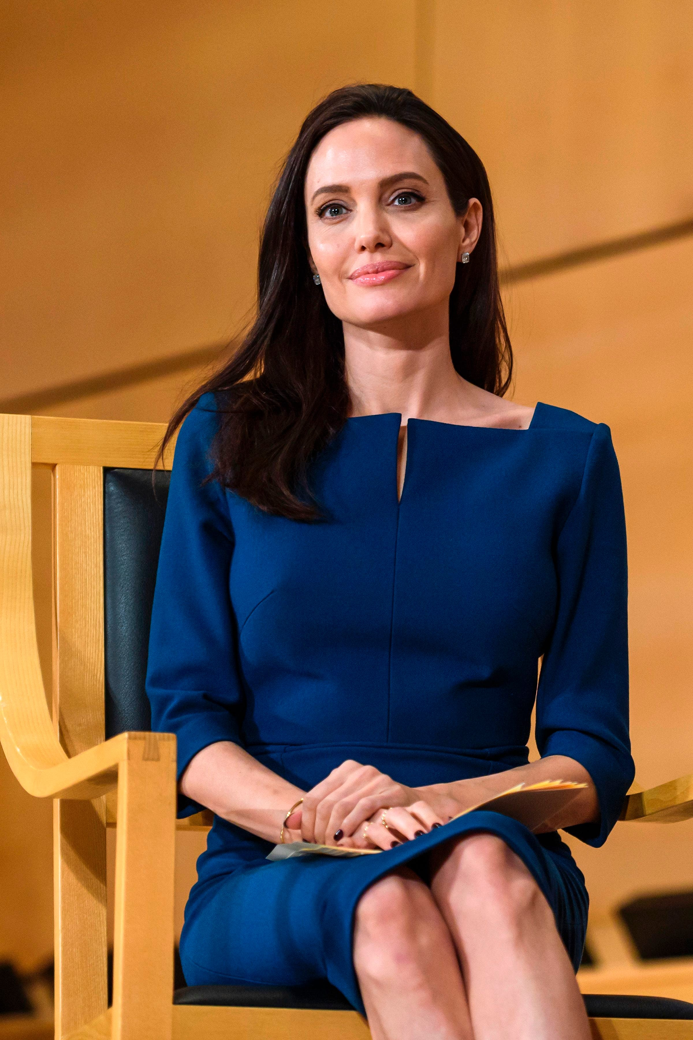 Angelina Jolie Bravely Reveals She Had A DoubleMastectomy