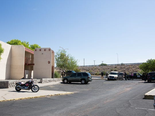 Doña Ana Sheriffs Officers and Las Cruces Police Officers chased a suspect in a stolen vehicle into the Villa Sierra apartments, where he then ran from the vehicle and attempted to jumps from one of the complexes buildings. Wednesday 25, 2018.