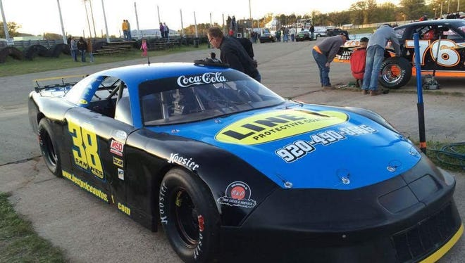 Neal Sannes of De Pere is carrying on a family tradition as he competes for rookie-of-the-year honors in the super late model division at Norway (Mich.) Speedway on Friday nights.
