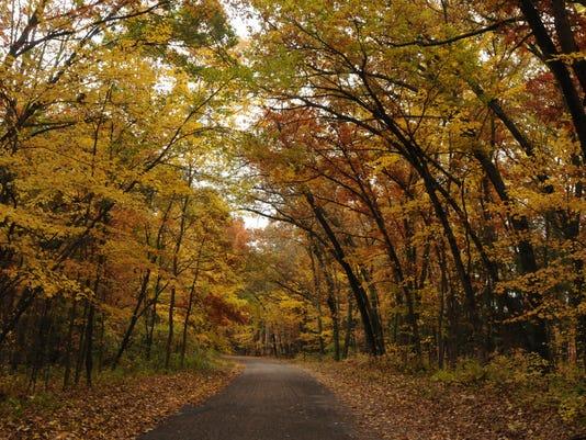 OSH Rustic Road 101614 JS 04.jpg