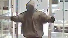 FBI looking for 2 men who robbed Glendale credit union