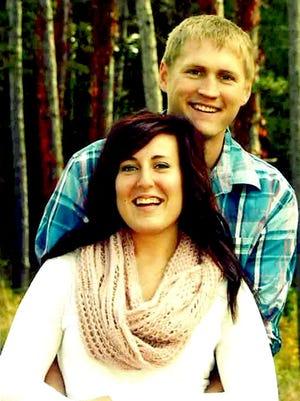 Engagement: Rebecca Froelich & Dustin Fritzlar
