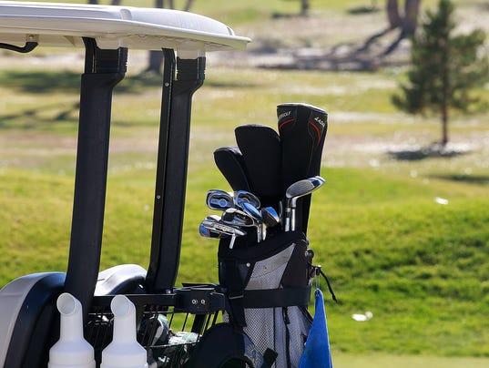 FMN Golf 1221 02