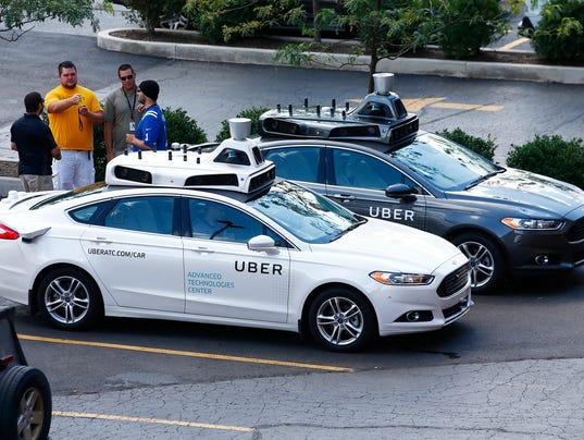 636073218708694162-AP-Uber-Autonomous-Cars-PAJW.jpg