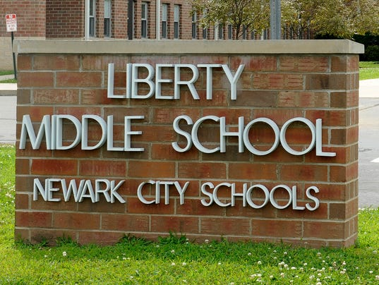 635586620365111855-NEW-Liberty-Middle-School-stock-2