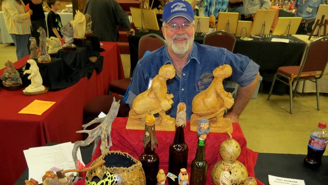 The North Arkansas Woodcarvers Club featured Woodcarver, Paul Baumann III in May. Baumann is an instructor in various styles of carving Cottonwood Houses, and faces carved-in to a pencil and realistic and caricature carving among his talents. Baumann is a past club president and on the NAWC Board.