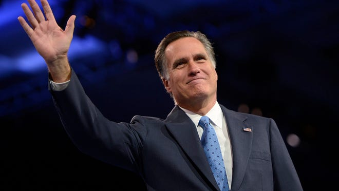 epa04595415 (FILE) A file photo dated 15 March 2013 of former presidential candidate and Governor Mitt Romney waving at the 40th Annual Conservative Political Action Conference (CPAC) at the Gaylord National Resort & Convention Center in National Harbor, Maryland, USA. Media reports on 30 January 2015 state that Republican Mitt Romney - who was defeated by US President Obama in the 2012 presidential elections - will not run again for President in 2016.  EPA/SHAWN THEW *** Local Caption *** 50753785 ORG XMIT: STX28
