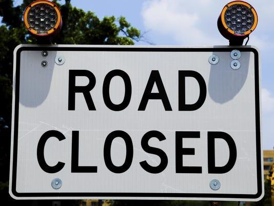 -for online road closed.jpg_20150529.jpg