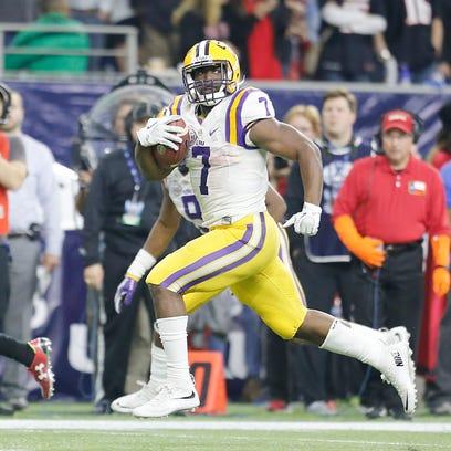 FILE -- LSU Tigers running back Leonard Fournette (7)