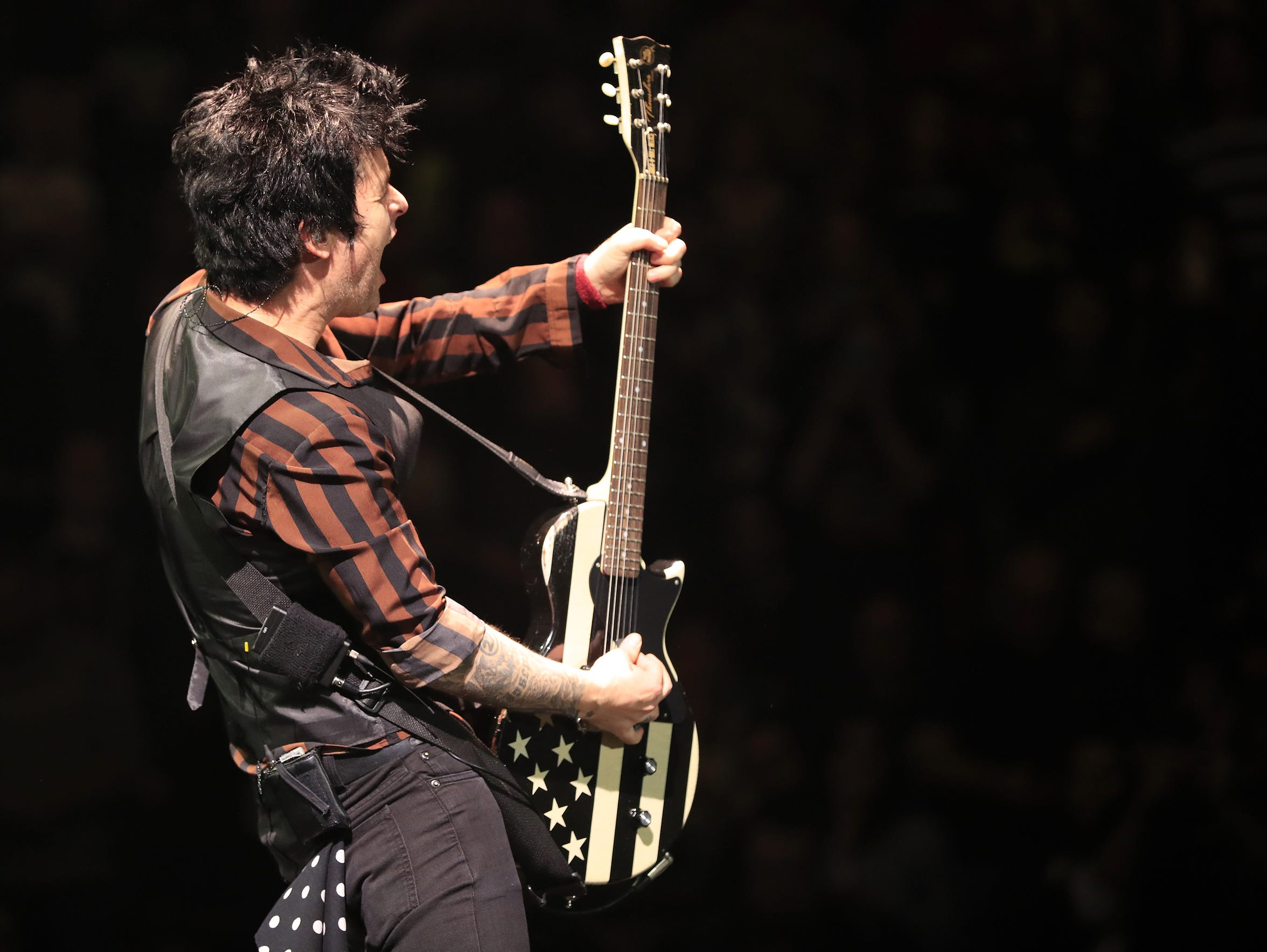 Billie Joe Armstrong performs to a sold-out crowd in