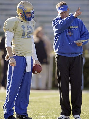 Gus Malzahn spent two seasons with new Memphis head coach Mike Norvell from 2007-08. Norvell will not coach in the Birmingham Bowl.