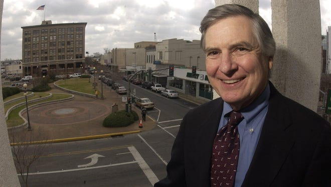 Former Alexandria mayor Ned Randolph, shown during his final term in 2003, died this year at 74.