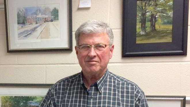 Fairview's Dean Shelton to exhibit paintings at Fairview Library in February.