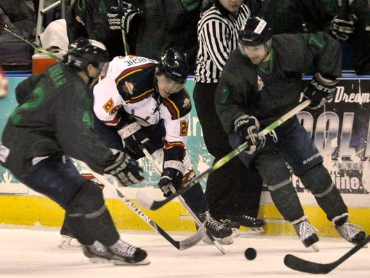 -Flyers vs Rivermen 2d.jpg_20140315.jpg