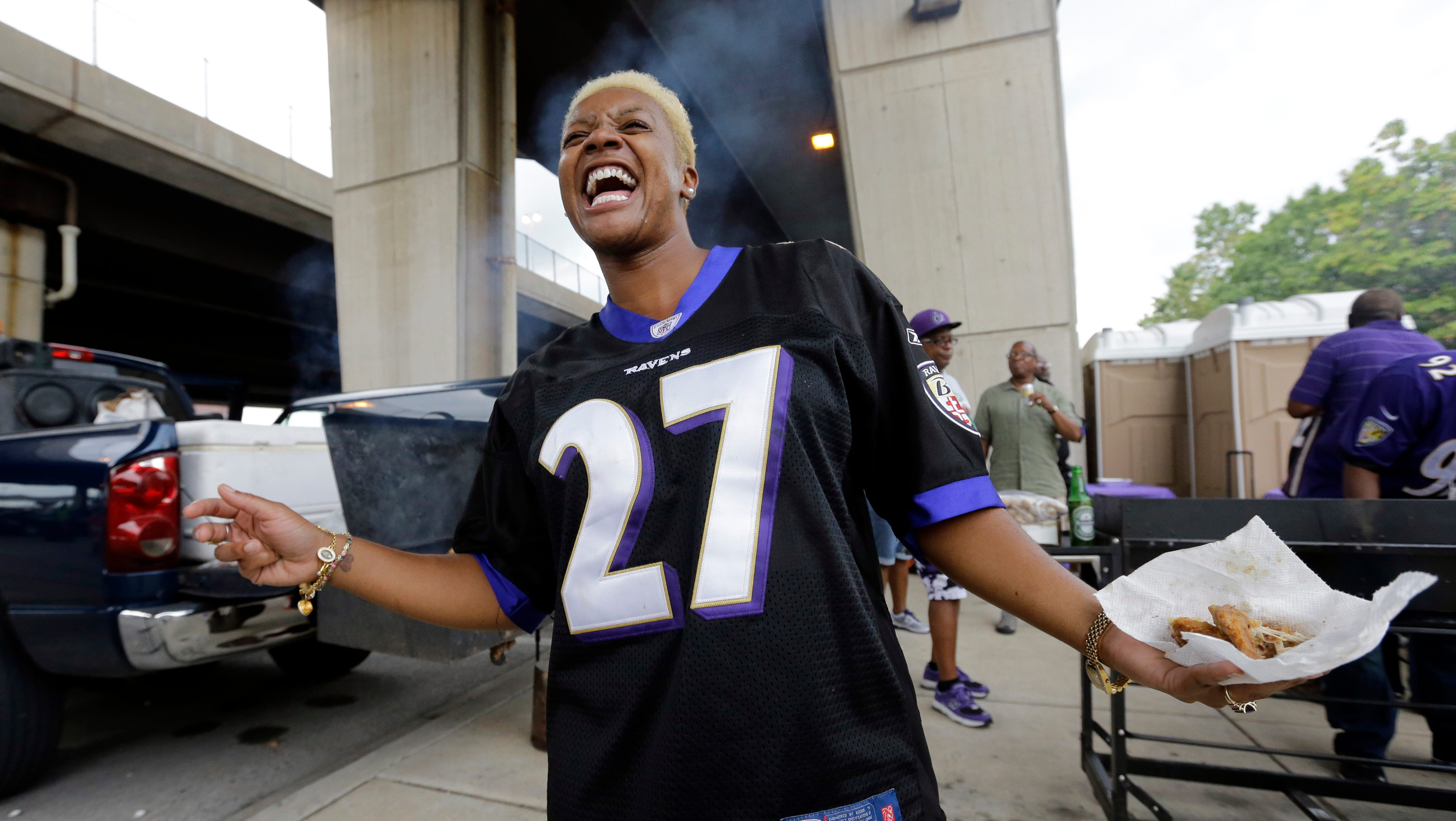 Boivin: Fans wearing Ray Rice jerseys? Disgusting