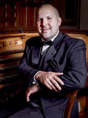 Organist Jared Stellmacher will honor his teacher Joanne Peterson during a homecoming concert at First Congregational Church of Oshkosh.