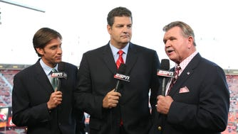 XXX MIKE GREENBERG, MIKE GOLIC AND MIKE DITKA GOLIC SD11874.JPG S FBN USA CA