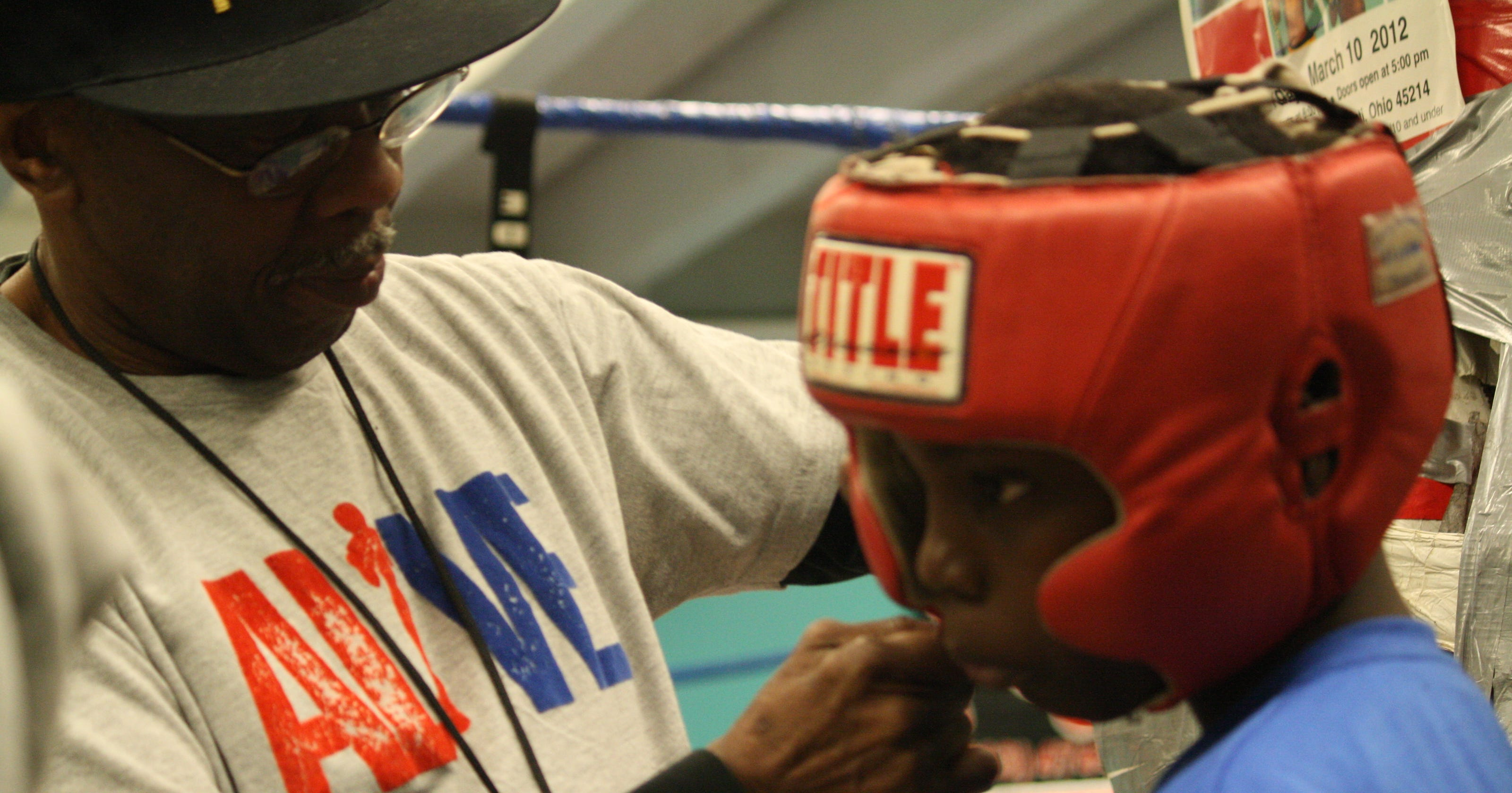 City hosts Silver Gloves youth boxing tournament