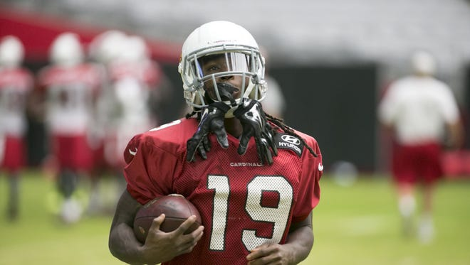 Cardinals receiver Chris Hubert  during a  Cardinals' training camp practice at University of Phoenix Stadium in Glendale on Wednesday, August 10, 2016.