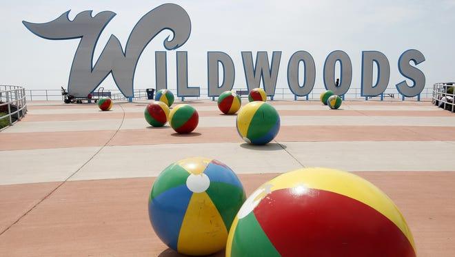Wildwoods sign.