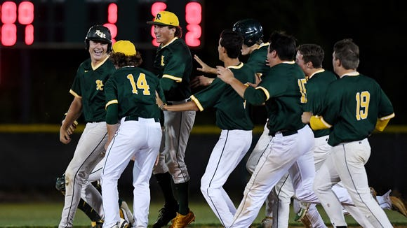 Reynolds defeated Reoberson 2-1 in the fourth round of playoffs May 21, 2018.