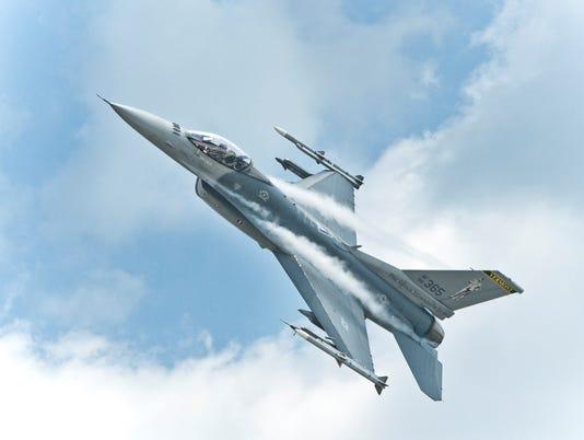 Pomerleau - F-16