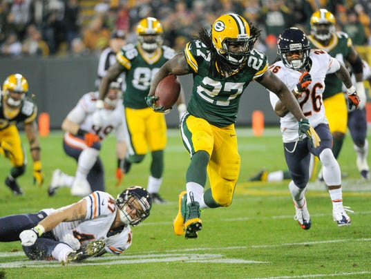 USP NFL_ Chicago Bears at Green Bay Packers