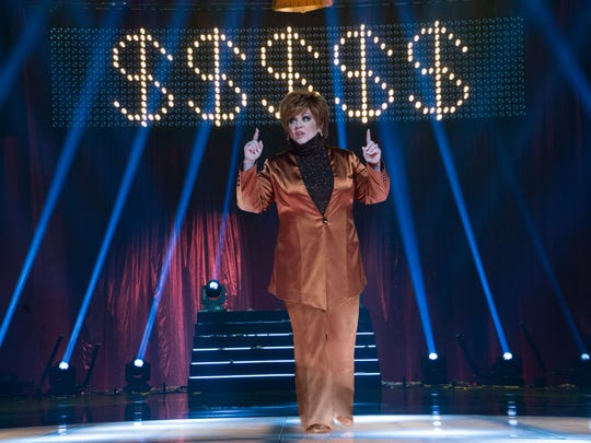 Melissa McCarthy makes her point as Michelle Darnell