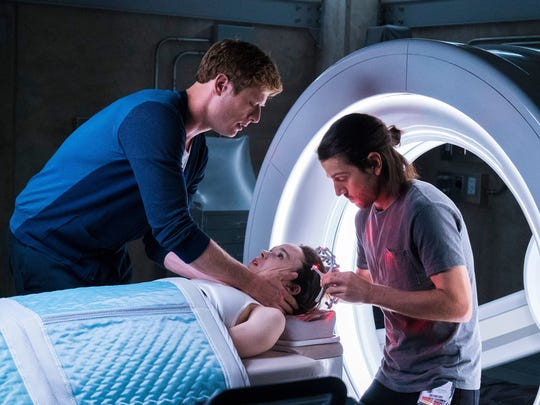 "Medical students Jamie (James Norton) and Ray (Diego Luna) prepare as Courtney (Ellen Page) braces for death in the remake of ""Flatliners."""