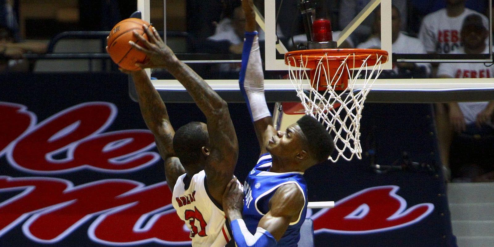 College Basketball Can Anyone Beat The Kentucky Wildcats: Nerlens Noel Has 12 Blocks As Kentucky Wildcats Beat Ole