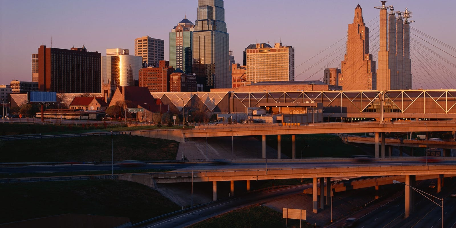 how to get to kansas city airport