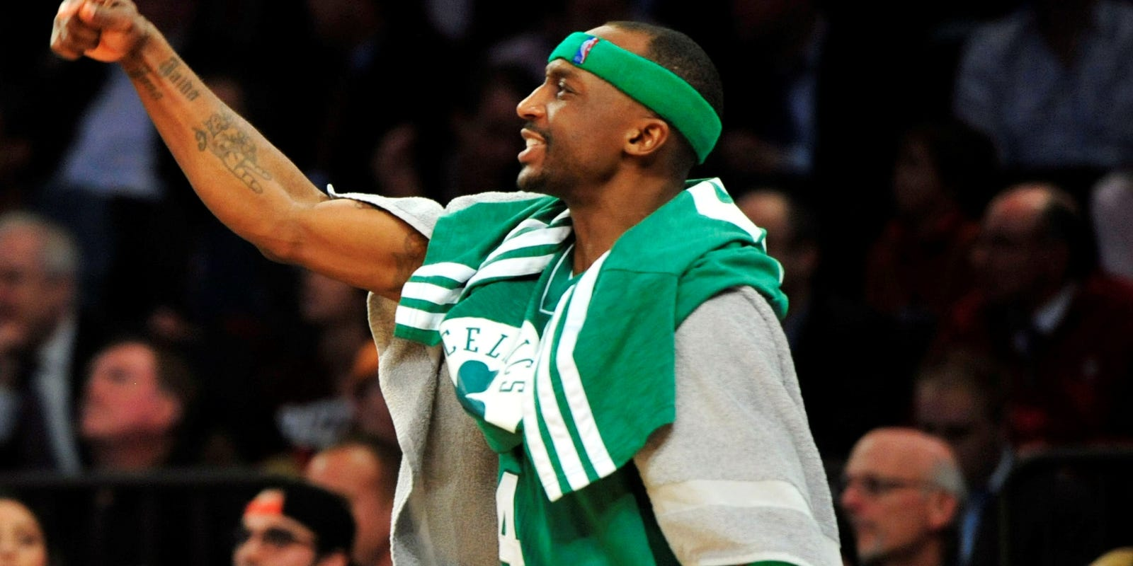 Hibbert and no 6 seed hawks al horford are two of the best centers - Hibbert And No 6 Seed Hawks Al Horford Are Two Of The Best Centers 35