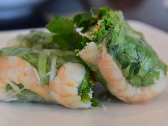 Summer Rolls, made with shrimp, lettuce and rice vermicelli