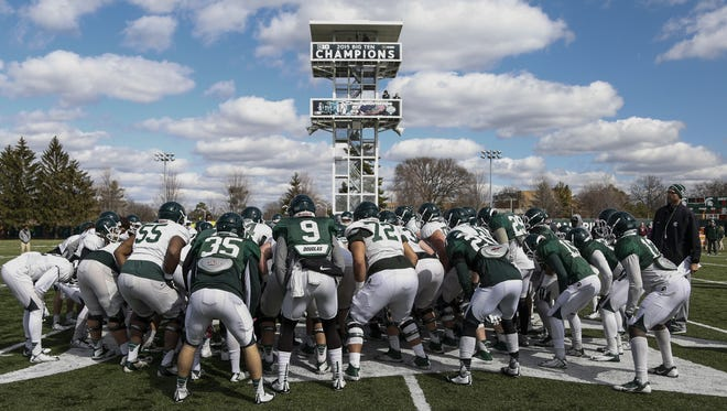 MSU now has 11 recruits for its 2017 class after landing a pair of defensive ends from Florida on Monday night, Lashawn Paulino-Bell and Donovan Winters.