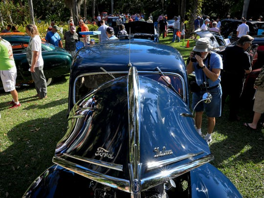 McKee Botanical Garden held its 8th annual Motor Car Exhibition in Vero Beach on Saturday, February 11, 2017.