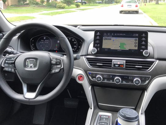 2018 Honda Accord 2.0T, with 10-speed automatic transmission
