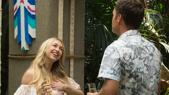 Corinne Olympios arrives on 'Bachelor in Paradise'